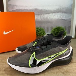 NEW Nike Air Zoom Gravity Running / 10, 11